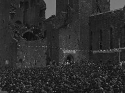 Irish Catholic Ceremony at Cashel Castle_02-min