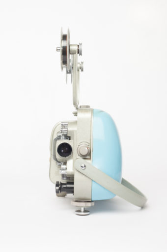 Manufactured from 1958 to 1961 in Germany by Zeiss Ikon AG. In 1926 Zeiss Ikon changed its name to Zeiss Ikon AG, when several German photography companies merged into one. Available in five colours, this compact projector is concealed in a neat handbag-shaped die-cast carry case.